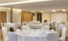 Ramada Resort by Wyndham Dead Sea Services - Meeting Room
